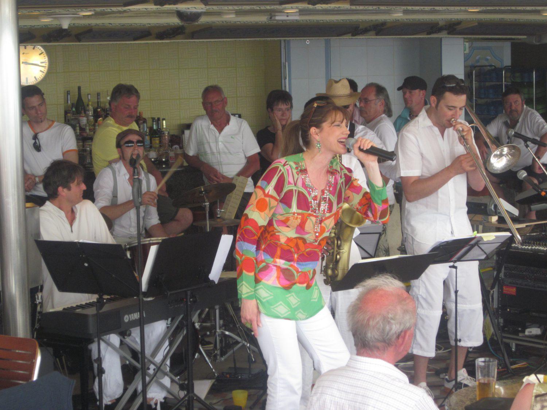 Jazz auf Mittelmeerkreuzfahrt mit Rahel Tarelli